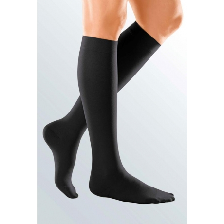 compression-stockings-duomed-soft-black-bk-closed(1).jpg
